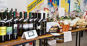 Foto della Bancarella Solidarietà - Donori - Sagrato di San Giorgio - 7 e 8 Dicembre 2013