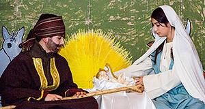 Bambini che rappresentano San Giuseppe e la Madonna per la Festa della Santa Famiglia di Nazareth 2013 - Donori - ParteollaClick