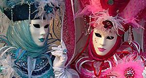 Foto di due Maschere Veneziane