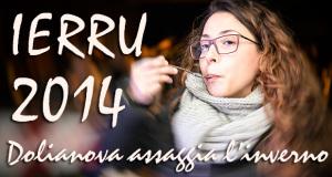 Foto di una ragazza che assaggia una pietanza in occasione di Ierru 2014 - Dolianova - 21 Dicembre 2014 - ParteollaClick