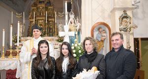 Foto di Gruppo con la nuova Priora e Priorisse di Donori in occasione della Festa della Candelora 2015 - Donori - Chiesa di San Giorgio Vescovo - 2 Febbraio 2015 - ParteollaClick