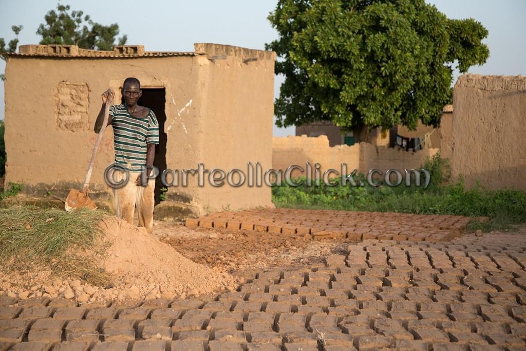 319 Ouagadougou, la Sardegna abbraccia l'Africa - Burkina Faso - Settembre 2015 - ParteollaClick
